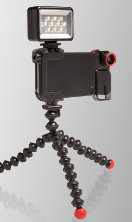 Olloclip-Quick-Flip-Case-Mounted-On-Tripod-With-Video-Light